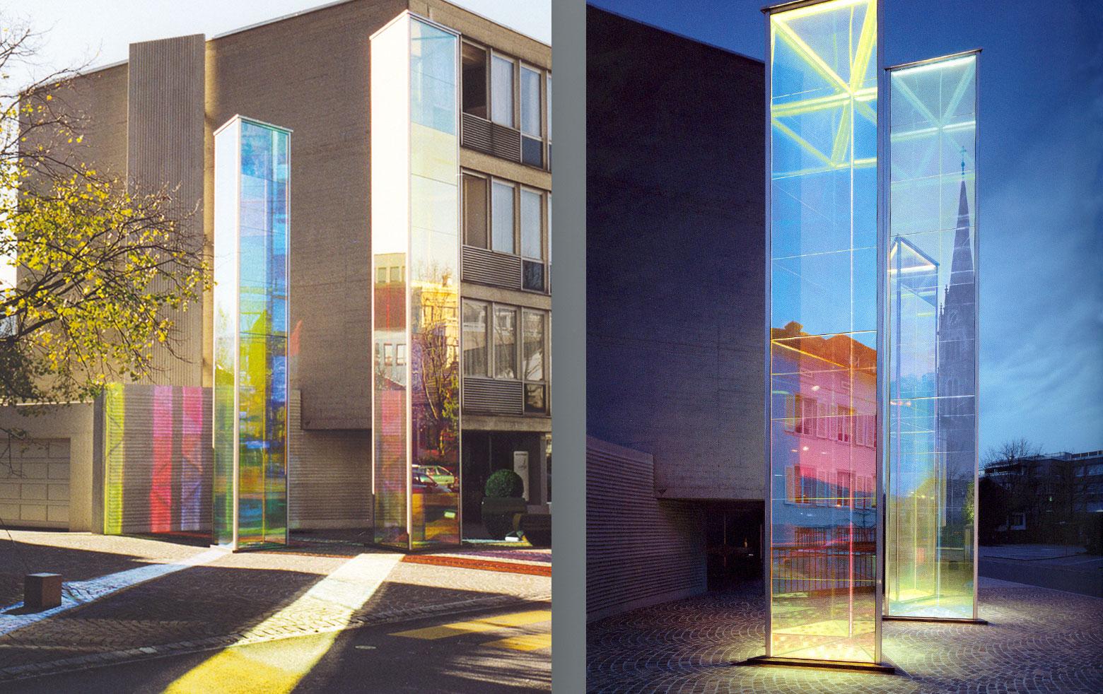 """Heinz Mack: """"Zwei Licht-Prismen"""" with dichroic glass"""