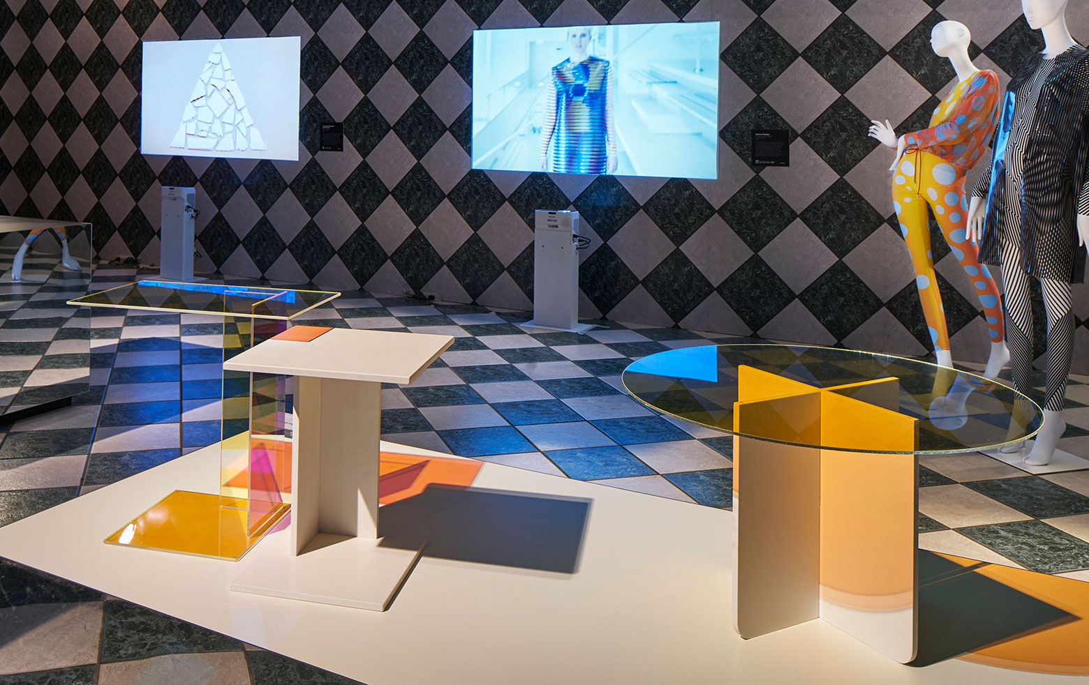 Spectra tables at the Milan Design Week