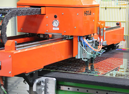 software-optimised cutting service on our cutting unit