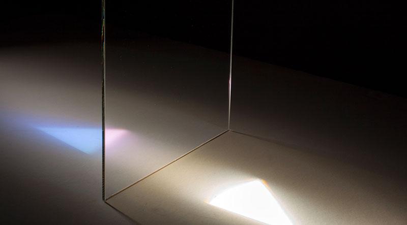 UV-blocking filter UB4-420